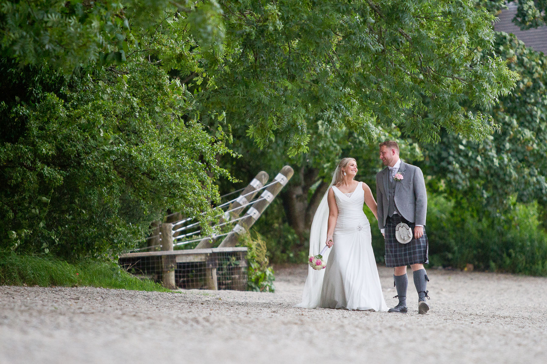 lodge-on-the-loch-wedding