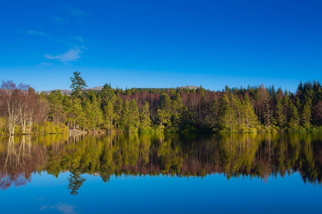 scottish highlands loch reflection